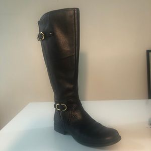 Shoes - Naturalizer wise calf snow boot / knee high